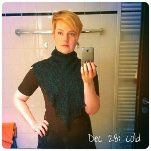 Dec 28: cold .. it's #cold outside so I knitted a cowl .. #fmsphotoaday